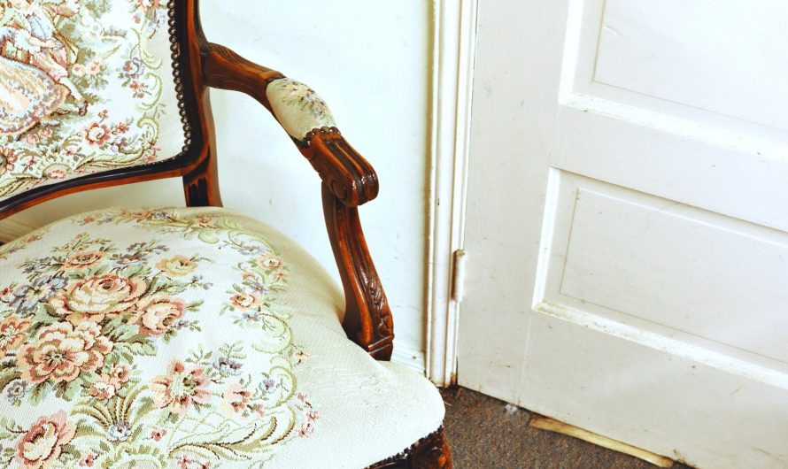 Le classique fauteuil bergère blanc: un intemporel